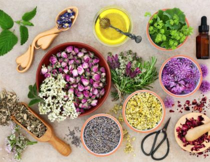 Aromatherapy & Home Remedies: Natural Medicine